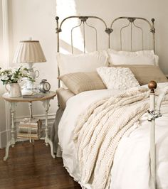 Bedroom In Bungalow Cottage Shabby Chippy Chic Pastels White J T Beige Cream Bedding