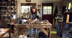 """Lily Tomlin on """"Grace and Frankie"""" in her art studio"""