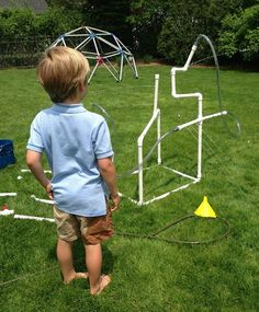 PVC Pipe Sprinkler for Creative Water Play Pvc Projects, Projects For Kids, Diy For Kids, Crafts For Kids, Summer Crafts, Summer Fun, Hello Summer, Summer Time, Outdoor Learning Spaces
