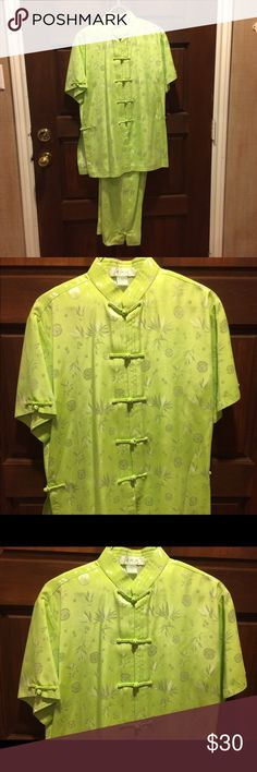 NWOT Tang Suit I think this is called a Tang Suit, I any case, it is traditional Chinese dress. This is a very nicely made garment. The color is a beautiful green, not quite mint, not quite lime, but just right!    Rayon                                                     Never Worn Jade Jade Jade Other