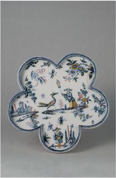 polylobed dish - faïence, 18th C. Turin