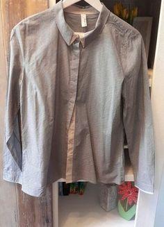 Kaufe meinen Artikel bei #Kleiderkreisel http://www.kleiderkreisel.de/damenmode/blusen/147052224-susse-chice-bluse-mit-perlenknopfen-vintage-second-hand