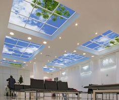 Plafond artificiel avec des écrans LED – idée déco originale