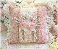wow this pillow is beautiful