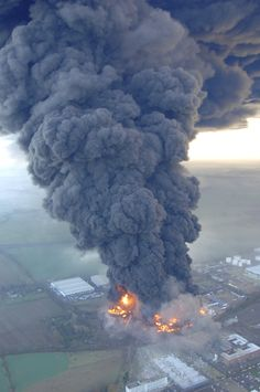 The Buncefield explosion, Hertfordshire