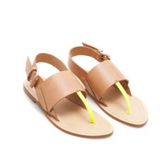 Image 4 of BASIC THONG SANDAL WITH BUCKLE from Zara