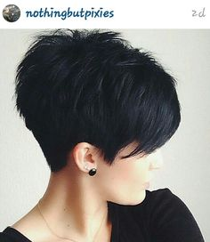 Hottest Pixie Haircuts 2019 - Classic to Edgy Pixie Hairstyles for women Short Pixie HaircutShort Pixie Haircut Cute Hairstyles For Short Hair, Pretty Hairstyles, Short Hair Styles, Short Haircuts, Hairstyles 2016, Popular Haircuts, Hairstyle Ideas, Short Textured Haircuts, Textured Hairstyles