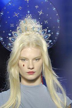 Jean Paul Gaultier Spring 2007 Couture Fashion Show Details