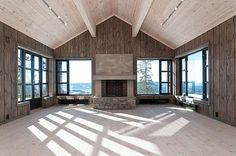 Natural stone wood and brick in a great room. Natural stone wood and brick in a great room. Construction Chalet, House Template, Farmhouse Architecture, Mountain Cottage, Luxury Cabin, Tiny House Cabin, Cabin Interiors, Diy Fireplace, Empty Room