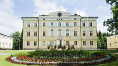 Vuojoki Manor breathes prestige, and history tells why: it was once one of the biggest estates in Finland, and forestry giant UPM Kymmene has its origins here.