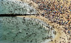 New Yorkers Seek Relief From Summer Heat At The Beach - Pictures ...