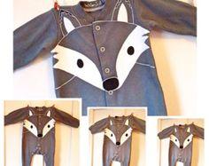 Gris babygrow lobo zorro, sleepsuit zorro, onesie zorro, nieve zorro, vendedor Reino Unido, recién nacido, bebé del traje de Halloween, 0-24 meses