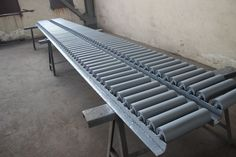 introduction and maintenance of conveyor belt rollers