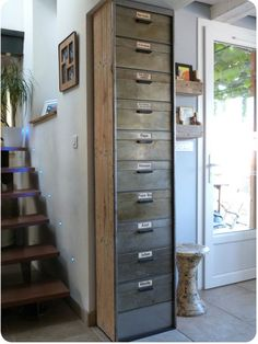 Industrial Style 148055906474622399 - clapet Source by olnie Recycled Furniture, Industrial Furniture, Industrial Style, Shop Shelving, Iron Doors, Home Staging, Interior Design Living Room, Home And Living, Loft