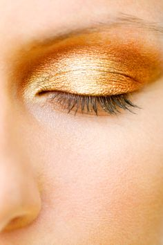 It's All About The Eyes – 5 Eye Make-Up Ideas For A Night Out
