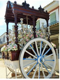 At El Rocio, each confraternity goes in a procession, carrying a cart with a copy of the Virgin. #pilgrimage #ceremony #travel