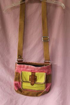 Fossil Crossover body purse handbag striped Canvas #Fossil #MessengerCrossBody