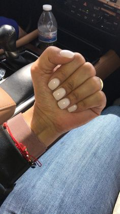 Want some ideas for wedding nail polish designs? This article is a collection of our favorite nail polish designs for your special day. Short Square Acrylic Nails, Short Gel Nails, Best Acrylic Nails, Acrylic On Natural Nails, Short Square Nails, Painted Acrylic Nails, Natural Color Nails, Short Nail Manicure, Vacation Nails