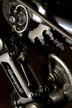 Gears Hand Guns, Gears, Bicycle, Firearms, Pistols, Bike, Gear Train, Bicycle Kick, Bicycles