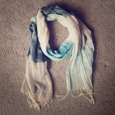 Blue & white scarf Great blue & white scarf! Accessories Scarves & Wraps