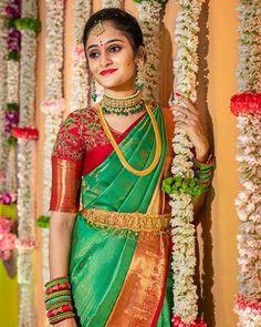 Bride 😍 Photo by Wedding Saree Blouse Designs, Pattu Saree Blouse Designs, Blouse Designs Silk, Blouse Patterns, Half Saree Lehenga, Saree Dress, Mehndi, Indian Bridal Sarees, Wedding Sarees