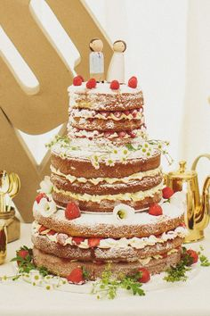 naked #wedding cake ideas: http://www.weddingandweddingflowers.co.uk/article/977/lookbook-naked-wedding-cakes