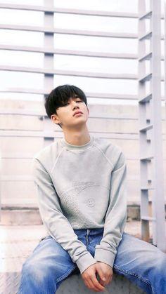 I'm a bit obsessed with Hanbin oops Kim Hanbin Ikon, Ikon Kpop, Yg Entertainment, Ikon Member, Ikon Debut, Ikon Wallpaper, Just In Case, Rapper, Wallpapers