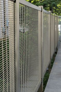 Architectural mesh offers a secure solution for your balustrades and guardrails. Haver & Boecker
