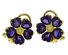 Oorbellen bloemen, geelgoud, amethisten en een diamant