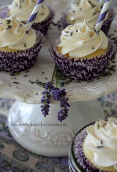 lavender lemonade cupcakes, I am trying these as soon as I can figure out where to buy the lavender.