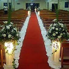 Resultado de imagem para decoración de iglesias para bodas