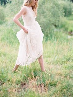 Photography: Carmen Santorelli - carmensantorellistudio.com   Read More on SMP: http://www.stylemepretty.com/california-weddings/2015/10/02/romantic-elegant-lake-tahoe-inspiration/