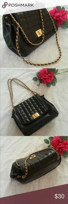 Quilted chain shoulder bag Good condition as seen in photos. Can be double chained to wear on shoulder or used as one chain to wear as a cross body purse. Bags Crossbody Bags