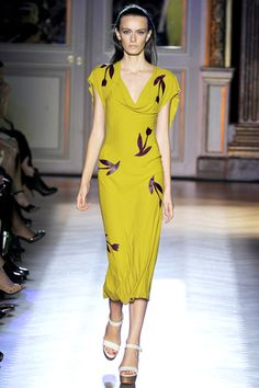 spring 2012 ready-to-wear  Roland Mouret