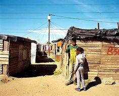 Danach veröffentlichte der südafrikanische Verlag Struik die Reportagen als...