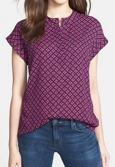 lovely patterned blouse  http://rstyle.me/n/vmexapdpe