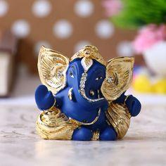 Ganesha Art, Lord Ganesha, Watsapp Dp, Childrens Desk, Home Temple, Wooden Rack, Indian Artifacts, Ganpati Bappa, Blue Plates