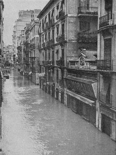 'LA RIUÁ' OCTOBER 14, 1957: THE FLOOD THAT CHANGED VALENCIA FOREVER