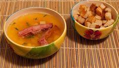 Фото к рецепту: Гороховый суп с копчеными ребрышками