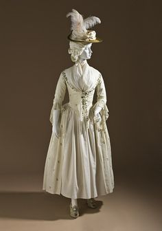 1780 - 1790      Hats off to the second half of the 18th century! It's undoubtedly my favourite period. I can't wait to finish my stays….!