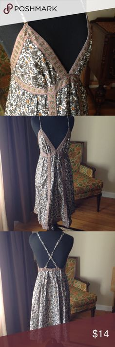 Price drop! Flowered sundress coverup m Super cute like new Xhilaration sundress coverup in a size medium. It has adjustable straps and the top is lined. Super cute in like new condition! Xhilaration Dresses