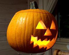 Pompoen halloween uithollen - Halloween pompoenen figuren uitsnijden