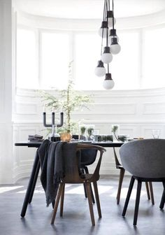 Norm Architects - via Wisuella interior interieur black white Kb Homes, Dining Room Inspiration, Interior Inspiration, Home Lighting Design, House Lighting, New Home Builders, Dining Room Design, Interiores Design, Home And Living
