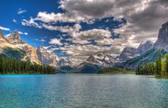 Earth Mountain  Canadian Rockies Wallpaper