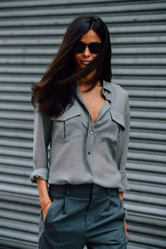 extrarouge:  .  http://afashionlines.tumblr.com/
