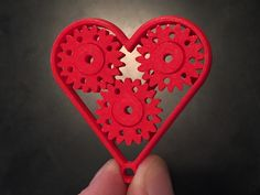 Geared Heart - Valentine's Keychain, Last Minute Gift - Single Print with Moving Parts by UrbanAtWork - Thingiverse Desktop 3d Printer, Digital Printer, 3d Printing Business, 3d Printing Service, Impression 3d, 3d Printed Heart, Industrial 3d Printer, 3d Printing Machine, Diy 3d