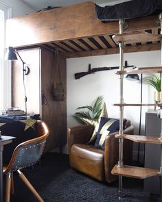 Loft Bed Ideas For A Small Bedroom Have a small bedroom? Need more space? Creating a loft bed is the answer. This room cost less than Quality Sofas, Boundary Walls, Small Loft, Uk Homes, Interior Design Inspiration, Design Ideas, Interior Decorating, House Design, Small Bedrooms