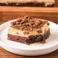 Chocolinas Brownie Cake - This mix of Chocotorta with Torta Brownie is the most delicious and tasty thing that has ever occur - Easy Cake Recipes, Sweet Recipes, Dessert Recipes, Sweet Desserts, Delicious Desserts, Yummy Food, Savoury Cake, Love Food, Bakery