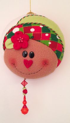 Galletita Winter Christmas, Christmas Ornaments, Peta, Holiday Decor, Patterns, Christmas Crafts, Wreaths, Fabric Dolls, Embellishments