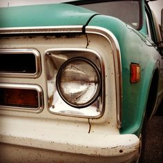 dreaming of driving a rusty old teal pick up truck in georgia